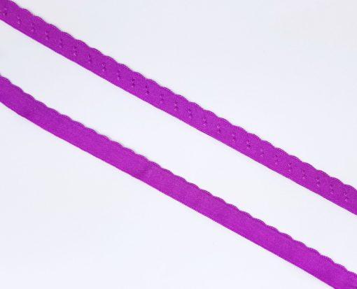 Ziergummi mit bestickter Bogenkante magenta