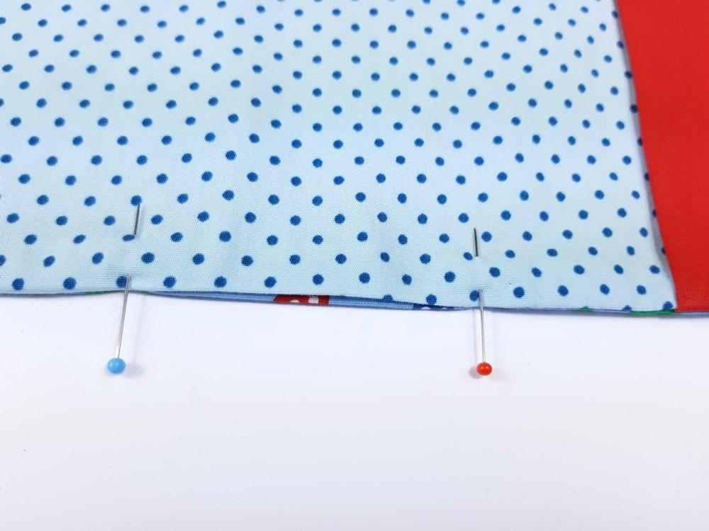 Buchumschlag nähen: Wendeöffnung Detail