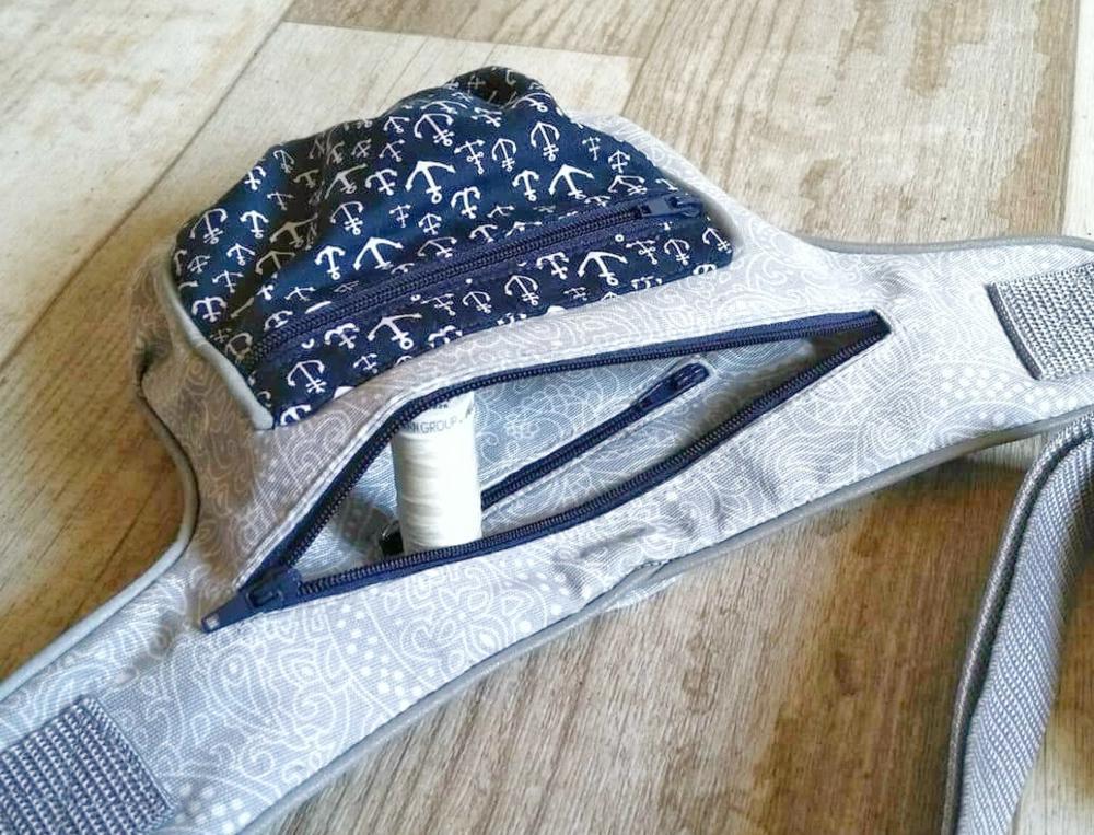 Gürteltasche mit Reißverschluss Innentasche