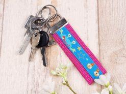 SanDaLu Schlüsselanhänger Monster pink mit Schlüssel
