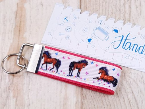 Schlüsselband Pferde pink Lineal