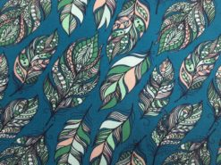 SanDaLu Jersey Stoff mit Federmotiv Detail